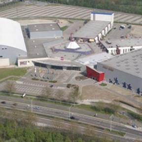 Grenslandhallen - Ethias Arena - Plopsa Indoor, Gouverneur Verwilghensingel 70