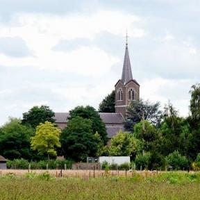 De kerk van Godsheide (foto: Sonuwe, 2007)