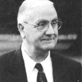 Portretfoto architect Etienne Vreven (1910-1995) (uit: Het Belang van Limburg, 20-05-1995, p. 19)