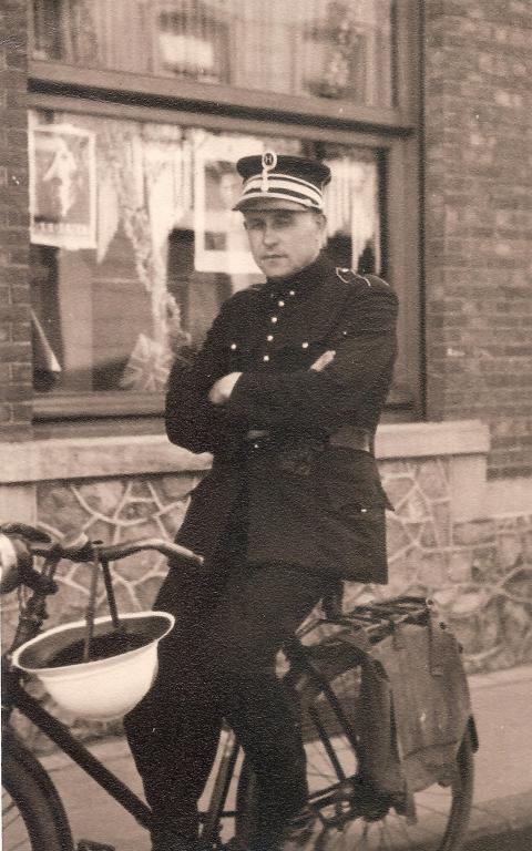 BertenLouis_1946WindmstrStadsomv.jpeg