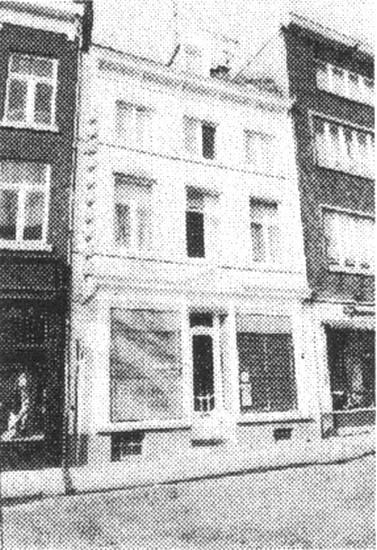 De Dry Hespen, Botermarkt 17 (uit: Inventaris van het cultuurbezit in België (1981), fig. 508 - Frieda Schlusmans, 07-1975 - Vlaamse Gemeenschap)