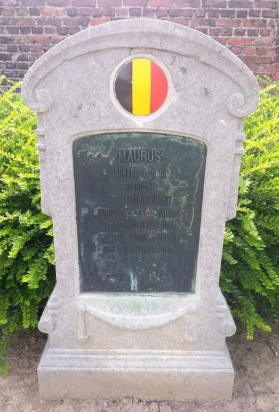 Grafsteen Armand Maurus (1892-1914), gemeentelijke begraafplaats Wijgmaal (foto: Marcel Rosvelds – Website Find A Grave)