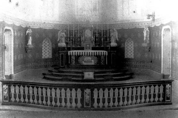 Koor van de Sint-Niklaaskerk, einde 1900 (uit: Wimmertingen / Warm aanbevolen (2009), p. 9)