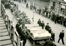 Begrafenis E.H. Hubrechts en Maria-Helena Hubrechts, 1944 (privécollectie Dominique Creyns)
