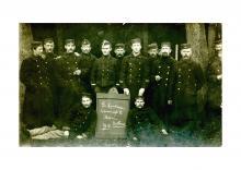 Hasseltse soldaten in Assen (NL) aan het begin van WO I, 1914, met o.a. Herman Blux (foto: privécollectie)