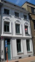 Dokter Willemsstraat 30 (foto: Sonuwe, 2011)