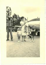 Fam. Billen na operatie van dochter Lieve terug uit Leopoldstad, circa 1958 (foto: privécollectie)
