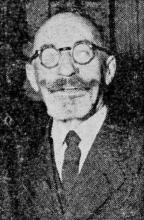 Pie Grauls uit 't Komke, die te Kaulille bewakingsdienst deed. Van op 23 Oogst 1914 liet hij zijn baard groeien in Duitse krijgsgevangenschap en hij heeft hem nog. (uit: Dat was de Garde Civique (24) / Zo vluchtten de eerste Uhlanen als Hinden (1954))