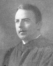 Portretfoto Joseph Gillet (1888-1958) (uit: Koninklijk Atheneum Hasselt Gedenkboek (1950), p. 256)