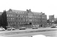 Guffenslaan 37-39 (foto uit: Inventaris van het cultuurbezit in België (1981), fig. 714 - Frieda Schlusmans, 09-1975 - Vlaamse Gemeenschap)