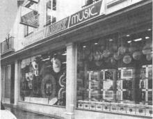 Havermarkt 24 (uit: Vandaag opening te Hasselt van Abby Music, grootste platenkeuze in Limburg (1982))
