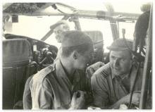 Tussen Dorsala en Leopoldstad (evenaar), met v.l.n.r. Staf Van Daele, Jozef Verlaak en Leysen Alfons, 28 april 1960 (foto: privécollectie)