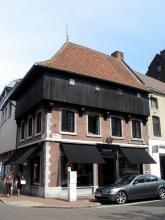 De Wijzer, Kapelstraat 57 (foto: Sonuwe, 2011)