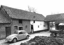 Hoeve, Kattendansstraat 47-49 (uit: Inventaris van het cultuurbezit in België (1981), fig. 963 bis - Frieda Schlusmans, 07-1976 - Vlaamse Gemeenschap)