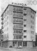 Financia-building ingehuldigd te Hasselt / Zetel Hasselt van een dynamische hypoteekmaatschappij: de helpende hand aan een demografisch en ekonomisch groeiende gouw (1964)