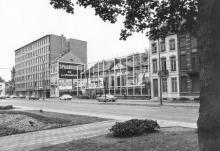 Casino, Leopoldplein 16 (uit: Inventaris van het cultuurbezit in België (1981), fig. 725 - Frieda Schlusmans, 05-1976 - Vlaamse Gemeenschap)