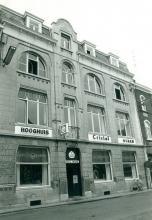 Hooghuis, Lombaardstraat 6 (uit: Inventaris van het cultuurbezit in België (1981), fig. 622 - Frieda Schlusmans, 08-1975 - Vlaamse Gemeenschap)