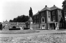 Kasteel van Wimmertingen, Luikersteenweg 741-743 (uit: Inventaris van het cultuurbezit in België (1981), fig. 259 bis - Frieda Schlusmans, 1976 - Vlaamse Gemeenschap)