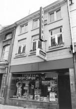 De Weyndroeff, Maastrichterstraat 29 (uit: Inventaris van het cultuurbezit in België (1981), fig. 649 - Frieda Schlusmans, 07-1975 - Vlaamse Gemeenschap)
