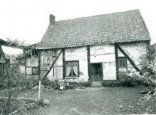 Hoeve, Veldstraat 3 (uit: Inventaris van het cultuurbezit in België (1981), fig. 860 - Frieda Schlusmans, 04-1976 - Vlaamse Gemeenschap)