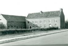 Hoeve, Voorstraat 108 (uit: Inventaris van het cultuurbezit in België (1981), fig. 755bis - Frieda Schlusmans, 10-1975 - Vlaamse Gemeenschap)